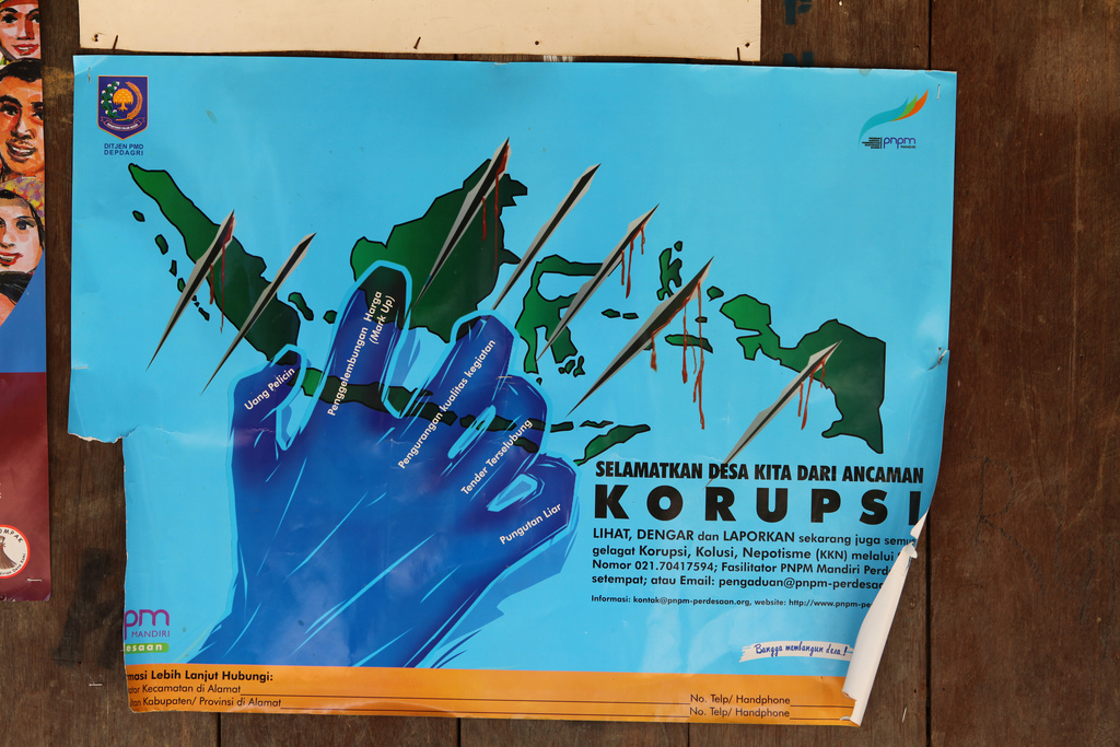 corruption in kenya essay Corruption in the post-colonial government of kenya has a history which spans  the era of the jomo kenyatta and daniel arap moi's kanu governments to mwai .