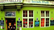 Sláinte: The Performative Geopolitics of the Irish Pub
