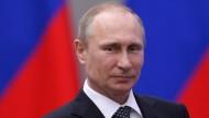 Vladimir Putin: Making of the National Hero