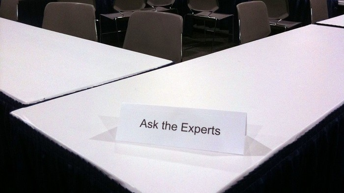 Postcard from Copenhagen: On Experts, Expert Opinion and Expertise