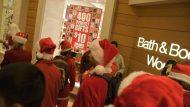 Bounty≠Consumerism: An International, Aesthetic Christmas