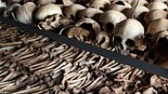 How can one best explain the Rwandan genocide?