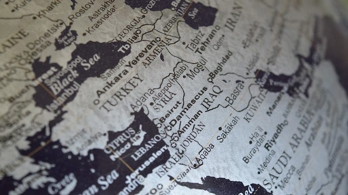 Globalism, Regionalism and the Middle East
