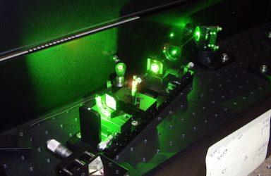 https://commons.wikimedia.org/wiki/File:TiSa_laser.jpg
